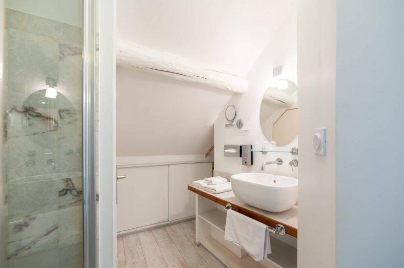 salle de bain embrun